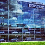 Photo taken at Mercedes-Benz Niederlassung München by Ivan on 9/28/2012