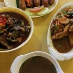 Photo taken at Taiping Lang Restaurant by Lim K. on 11/15/2014