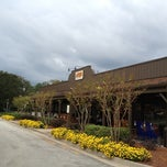 Photo taken at Cracker Barrel Old Country Store by David R. on 11/6/2012