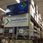 Photo taken at Sam's Club by Melvin Bossman R. on 7/16/2013