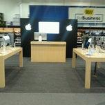 Photo taken at Best Buy by Efren C. on 10/17/2012