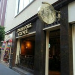 Photo taken at Starbucks by Roberto G. on 11/9/2012