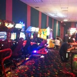 Photo taken at Note'able Games Arcade by Giulia D. on 9/25/2013