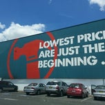 Photo taken at Bunnings Warehouse by David B. on 1/25/2013
