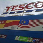 Photo taken at Tesco by CBy 7.Tunez (. on 12/2/2012