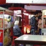 Photo taken at Pempek Palembang KAPAL TERBANG® by U-d1th'S on 2/2/2015