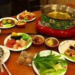 Photo taken at Hot Pot Inter Buffet (ฮอท พอท อินเตอร์ บุฟเฟต์) by เจ้าชาย ร. on 10/2/2013