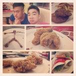 Photo taken at KFC by Ngọc Khánh B. on 7/13/2013