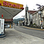 Photo taken at Posto Shell by Silvana N. on 5/3/2014