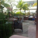 Photo taken at Swimming Pool Mercure by ade M. on 8/7/2014