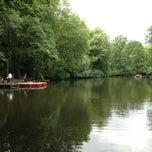 Das Foto wurde bei Neuer See von Vasilis M. am 6/30/2013 aufgenommen