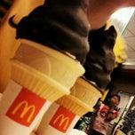 Photo taken at McDonald's & McCafé by Zuan Y. on 3/22/2012