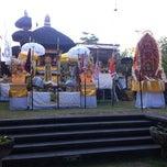 Photo taken at Pura Luhur Candi Narmada Tanah Kilap by Gustiyana on 7/10/2012