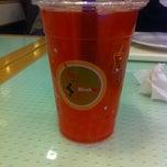 Photo taken at Tea One - Bubble Tea by Deniska K. on 10/30/2012