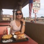 Photo taken at Big Al's Burgers At The Junction by Maximilian S. on 8/12/2014