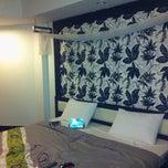 Photo taken at โรงแรมศรีราชาลอดจ์ (Sriracha Lodge Hotel) by Pheizizzt P. on 8/12/2014