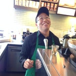 Photo taken at Starbucks by Geraldine V. on 10/19/2013