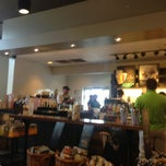 Photo taken at Starbucks by Teddy B. on 8/13/2013