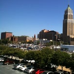 Photo taken at Four Points by Sheraton San Antonio Downtown by the Riverwalk by Sytse A. on 8/4/2011