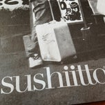 Photo taken at Sushi Itto by Emmanuel V. on 2/4/2013