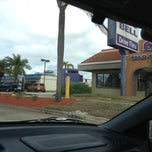 Photo taken at Taco Bell by Mooney M. on 1/19/2013