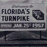 Photo taken at Okahumpka Service Plaza - Florida's Turnpike by Aaron W. on 12/3/2012