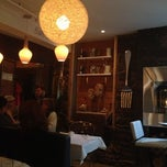 Photo taken at Bistro Sous-Le-Fort by Ariel P. on 10/4/2012