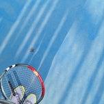 Photo taken at Hillside City Club Tennis Court by Duygu o. on 8/1/2014