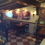 Photo taken at Vagabondo's Pizzeria & Ristorante by Emir L. on 5/18/2013