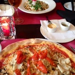 Photo taken at Ciao Ciao by Rachel V. on 4/27/2014