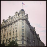 Photo taken at The Willard Intercontinental by Giselle G. on 7/9/2013