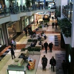 Photo taken at Westfield Garden State Plaza by Lani L. on 10/30/2012