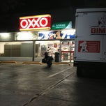 Photo taken at Oxxo by Judith P. on 3/9/2013