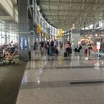 Das Foto wurde bei Austin Bergstrom International Airport (AUS) von Otis P. am 4/2/2013 aufgenommen