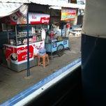 Photo taken at ท่ารถ ราชสีมา - ปักธงชัย (สามแยกปัก) by 🍥KATAE🎀 on 8/9/2013