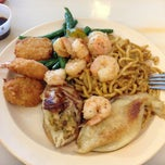 Photo taken at Hibachi Sushi & Supreme Buffet by Christian C. on 2/22/2013