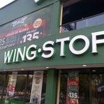 Foto tirada no(a) Wingstop por Arturo E. em 4/14/2013