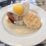 Photo taken at Napa Valley Biscuits by Ron B. on 4/10/2013