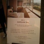 Photo taken at 겔랑 스파 (Guerlain Spa/娇兰) by Celina K. on 10/2/2012