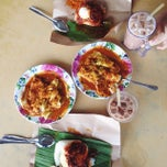 Photo taken at Restoran Zaman by Amelia S. on 3/21/2015