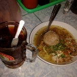 Photo taken at Bakso Pak Narto by Hamam H. on 6/7/2013