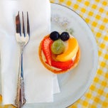 Photo taken at Le Bon Delice by Angela W. on 1/18/2015