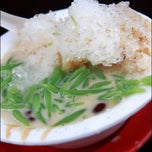 Photo taken at Cendol Stall by Daniel D. on 5/1/2013