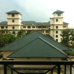 Photo taken at Sang Suria Condominium by izzat_syazwan on 2/8/2013