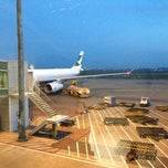 Photo taken at Tan Son Nhat International Airport by Veara V. on 5/10/2013