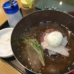 Photo taken at The Palace Korean Restaurant by Ting on 3/20/2015