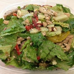 Photo taken at Green Leaf's Beyond Great Salads by David P. on 6/3/2013