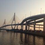 Photo taken at สะพานภูมิพล ๑ (Bhumibol 1 Bridge) by Fon F. on 1/4/2015