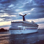 Photo taken at Half Moone Cruise and Celebration Center by Sean A. on 10/18/2013