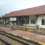 Photo taken at Stasiun Kedunggalar by Rudy Kho Naga76.com Auto Parts Accesories Service & plasti DIP on 2/12/2015